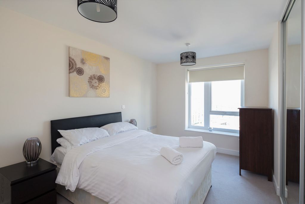 image 5 furnished 2 bedroom Apartment for rent in Medway, Kent