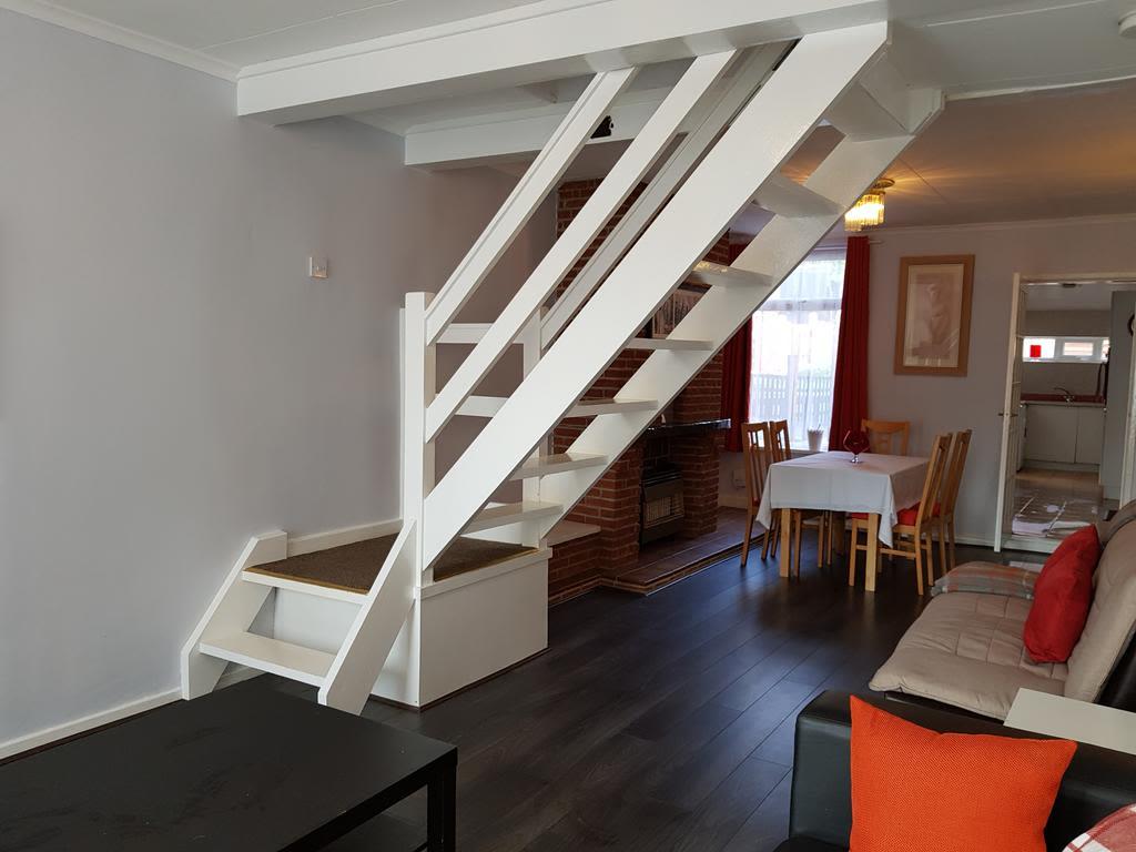 image 3 furnished 2 bedroom Apartment for rent in Gedling, Nottinghamshire