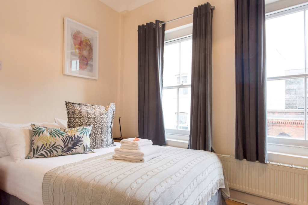 image 6 furnished 2 bedroom Apartment for rent in Spitalfields, Tower Hamlets