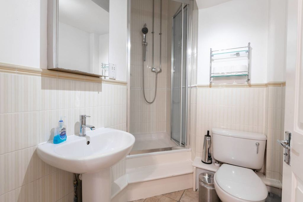 image 10 furnished 1 bedroom Apartment for rent in Farringdon Within, City of London