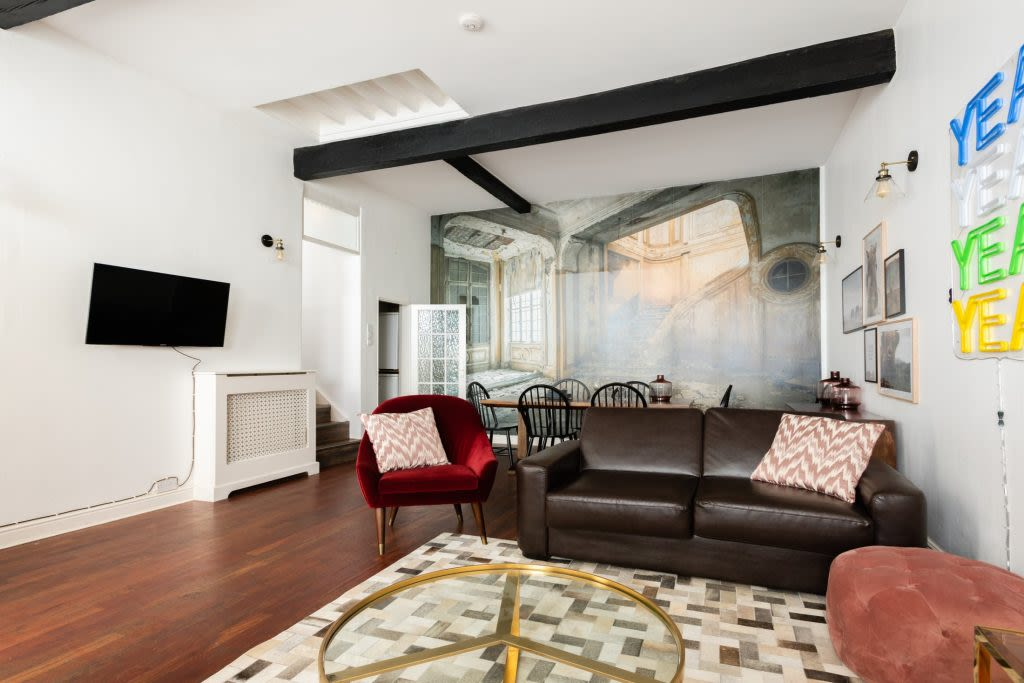 image 3 furnished 5 bedroom Apartment for rent in Earls Court, Kensington Chelsea