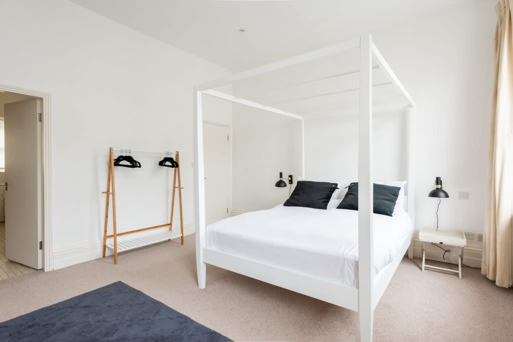 image 9 furnished 4 bedroom Apartment for rent in Warwick, Warwickshire