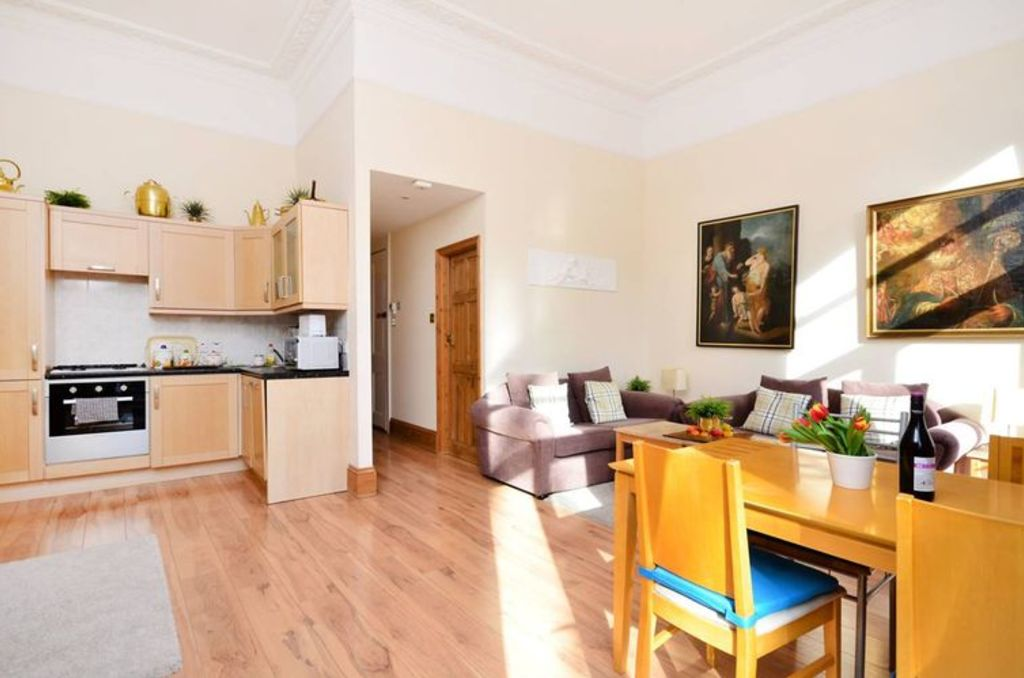 image 3 furnished 1 bedroom Apartment for rent in Bayswater, City of Westminster