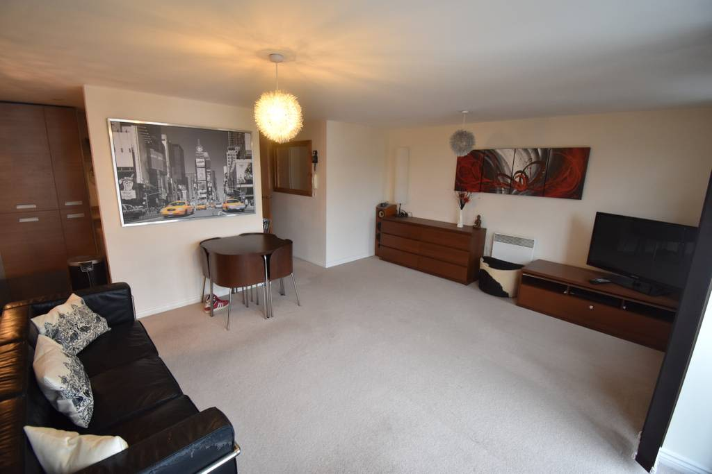 image 6 furnished 2 bedroom Apartment for rent in Rugby, Warwickshire