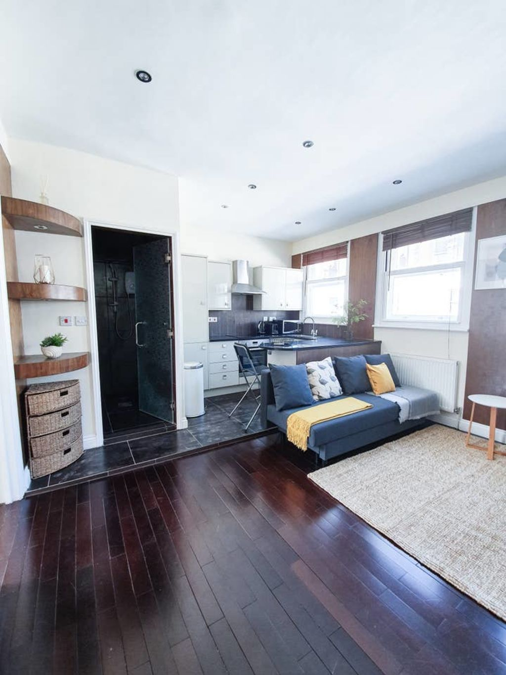 image 8 furnished 1 bedroom Apartment for rent in Covent Garden, City of Westminster