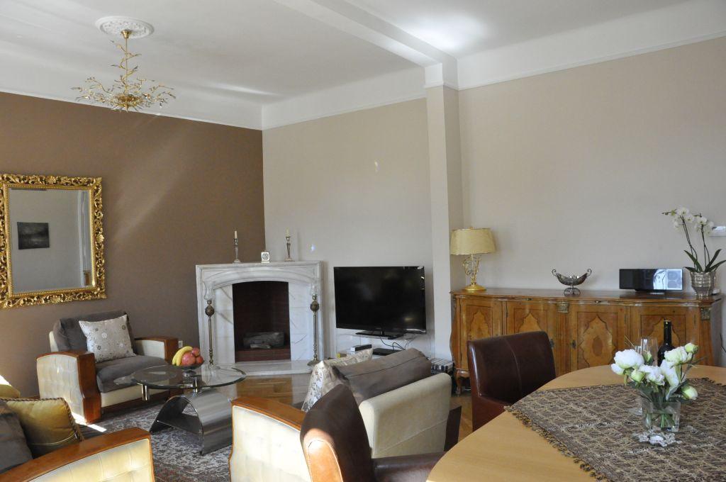image 10 furnished 3 bedroom Apartment for rent in Josefstadt, Vienna