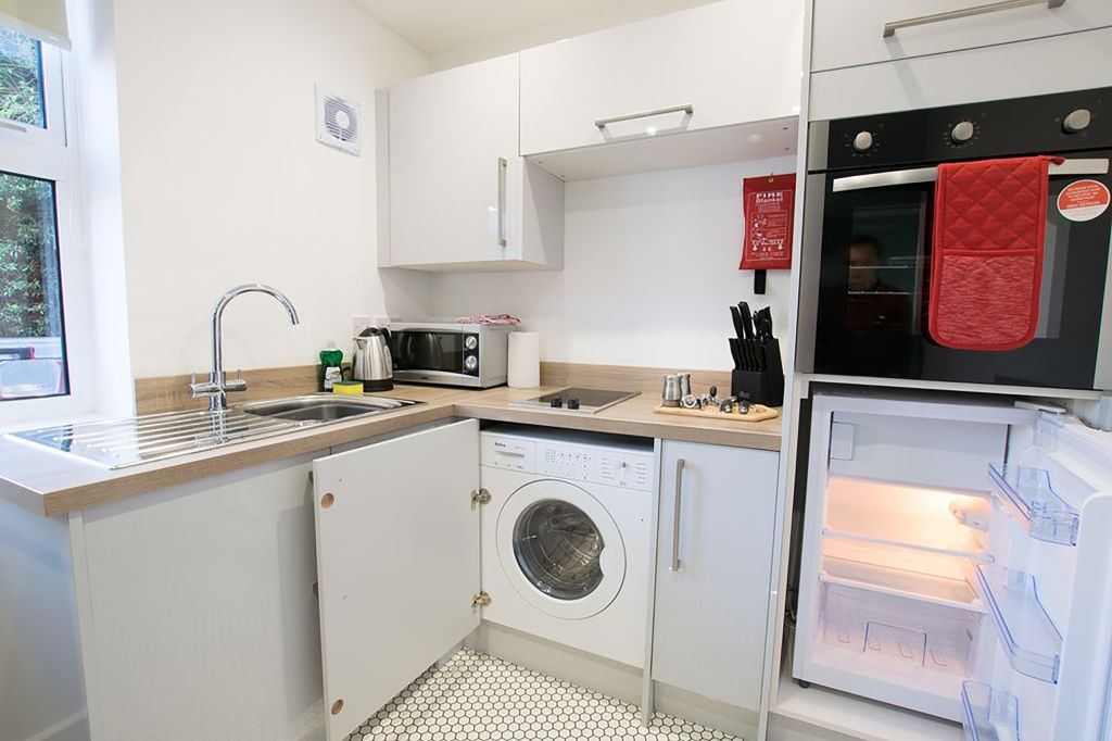 image 4 furnished 1 bedroom Apartment for rent in Stratford on Avon, Warwickshire