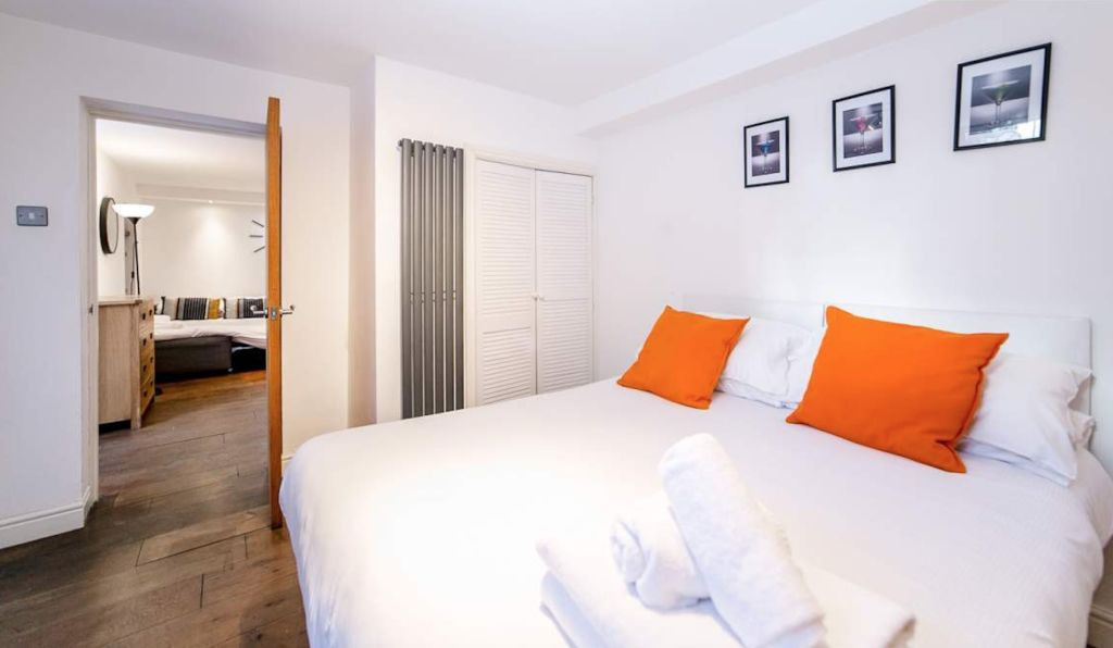 image 6 furnished 2 bedroom Apartment for rent in Wandsworth, Wandsworth