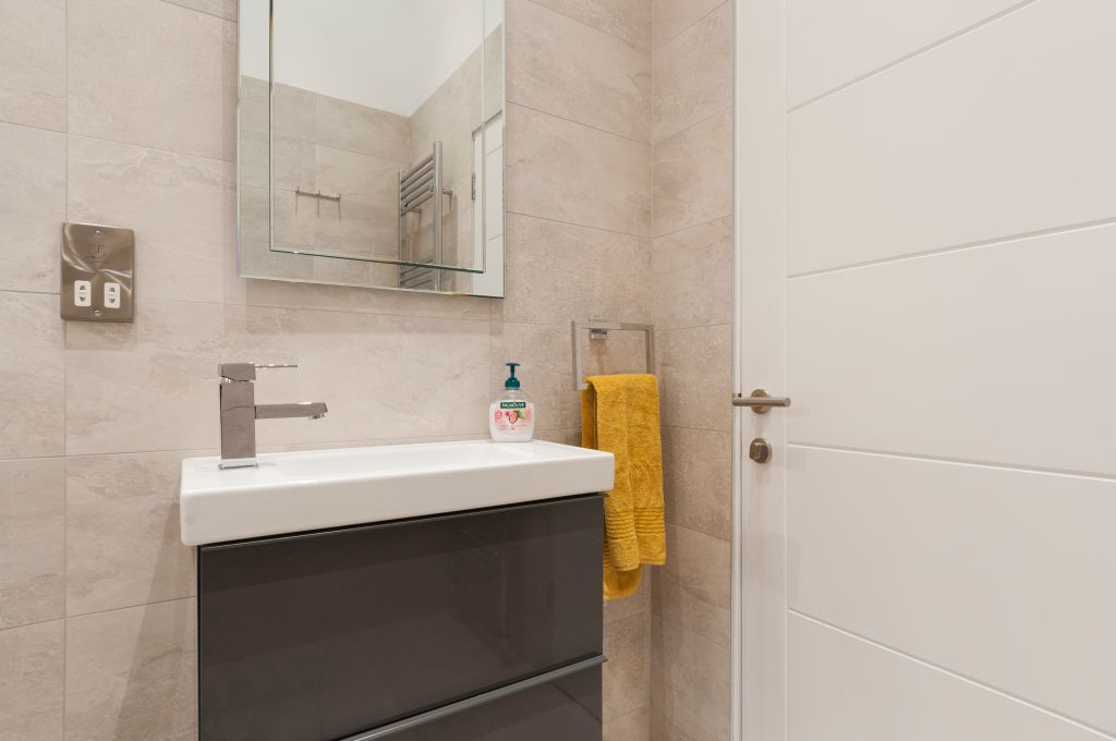 image 5 furnished 3 bedroom Apartment for rent in City Centre, Manchester