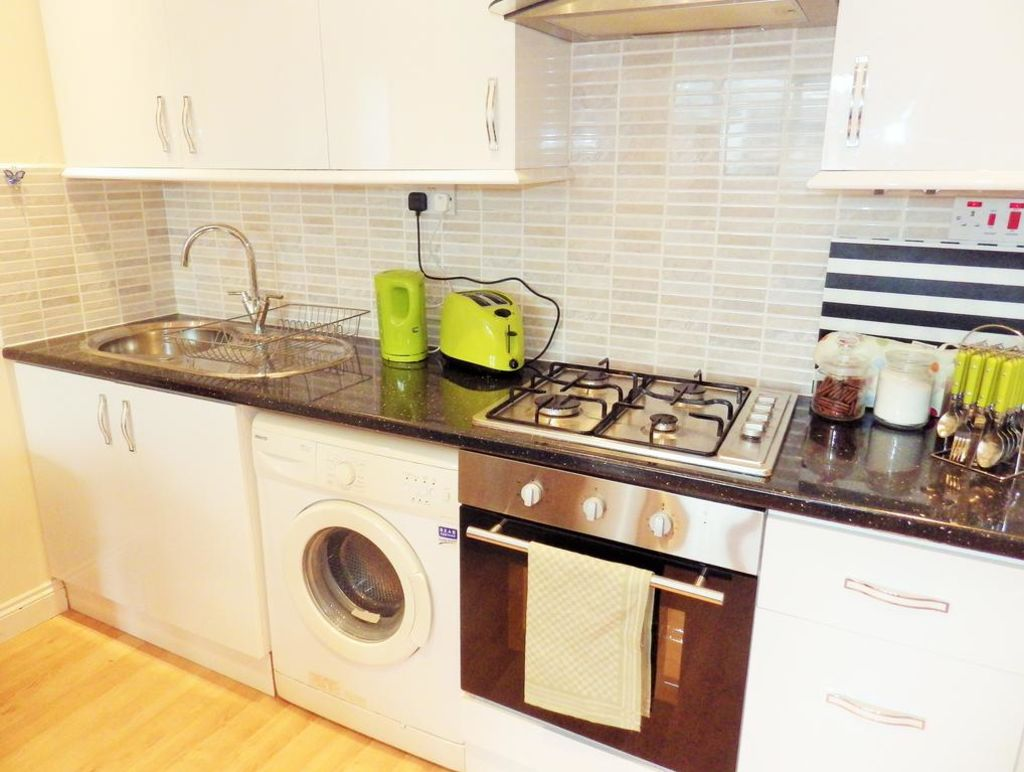 image 9 furnished 1 bedroom Apartment for rent in Finsbury, Islington