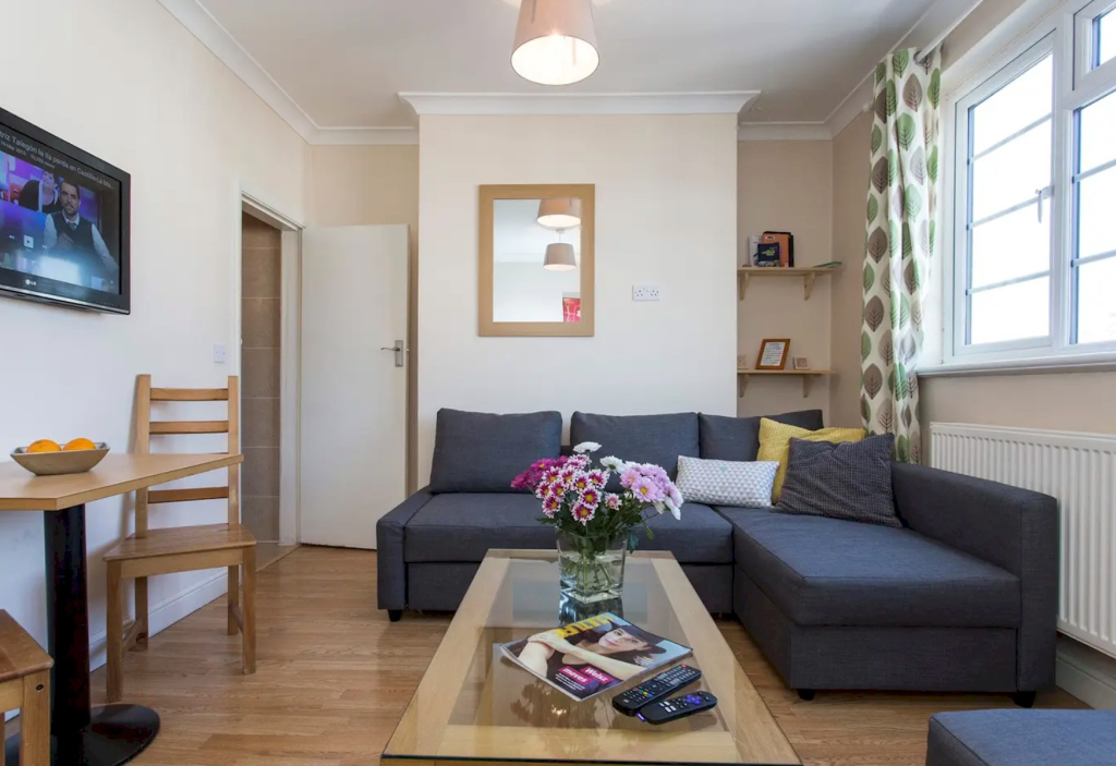 image 2 furnished 1 bedroom Apartment for rent in Little Venice, City of Westminster