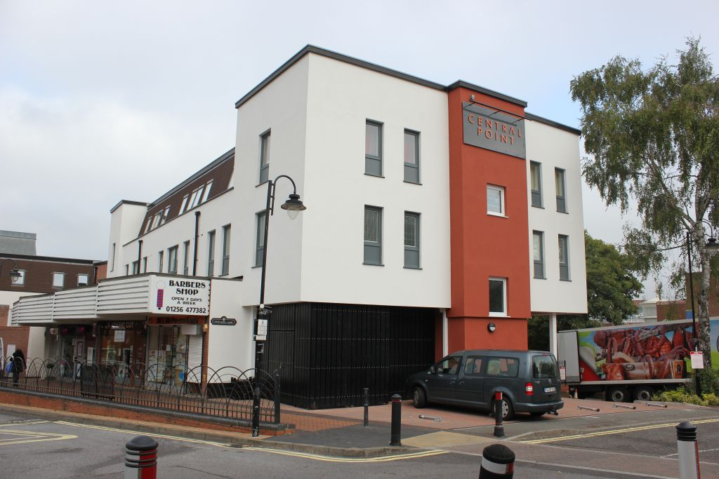 image 7 furnished 1 bedroom Apartment for rent in Basingstoke and Deane, Hampshire