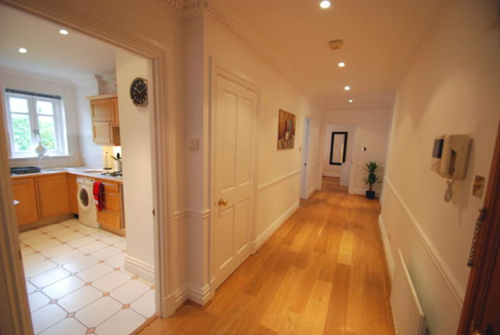 image 3 furnished 2 bedroom Apartment for rent in Twickenham, Richmond upon Thames