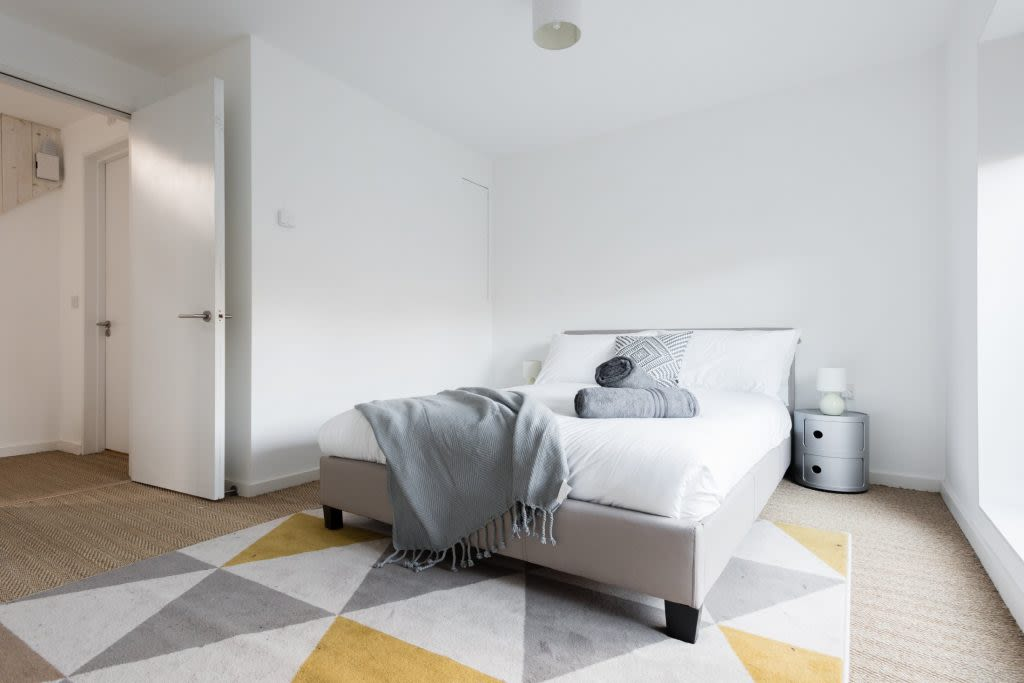 image 10 furnished 3 bedroom Apartment for rent in South Wimbledon, Merton