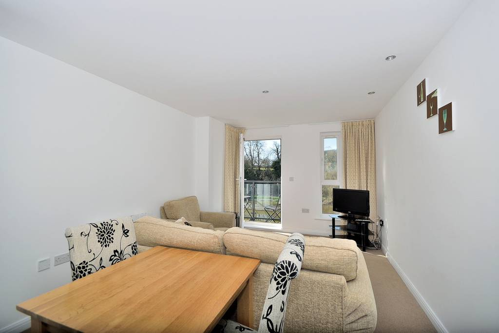 image 2 furnished 1 bedroom Apartment for rent in Chester, Cheshire