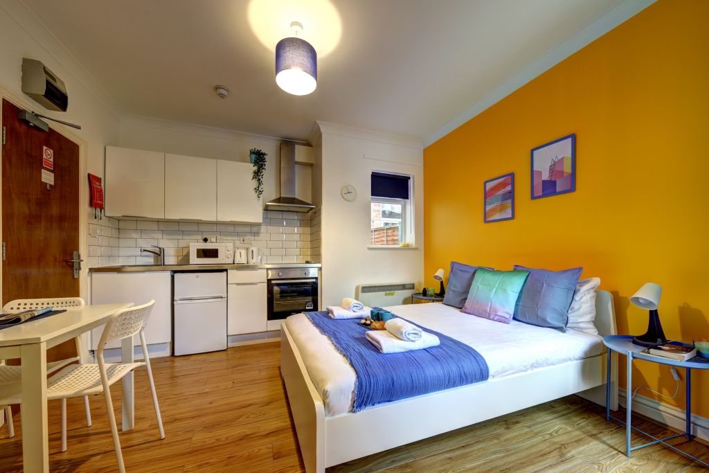 image 5 furnished 1 bedroom Apartment for rent in Willesden, Brent
