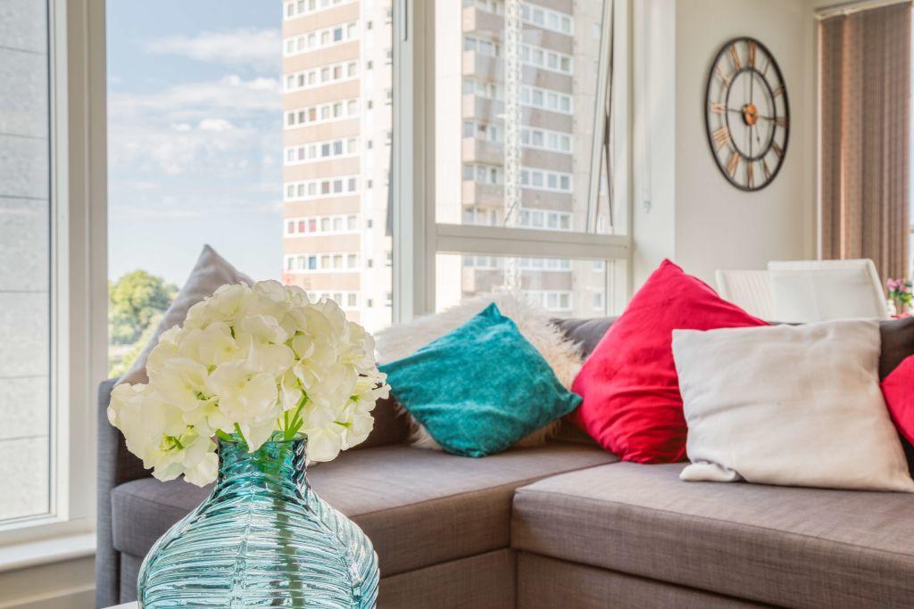 image 6 furnished 2 bedroom Apartment for rent in Brentford, Hounslow