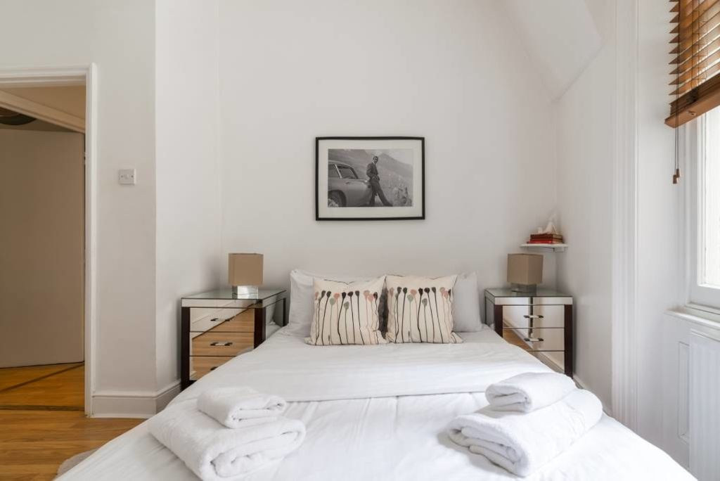 image 9 furnished 2 bedroom Apartment for rent in North End, Bexley