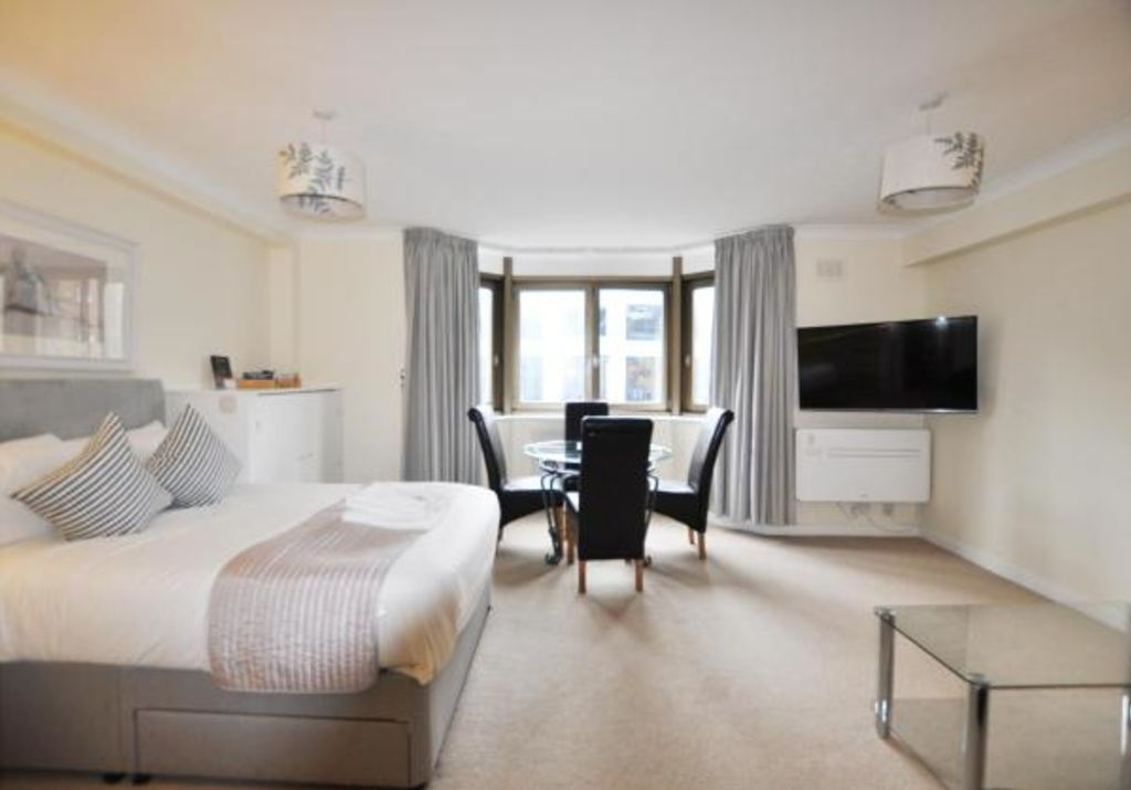 image 1 furnished 1 bedroom Apartment for rent in Portsoken, City of London