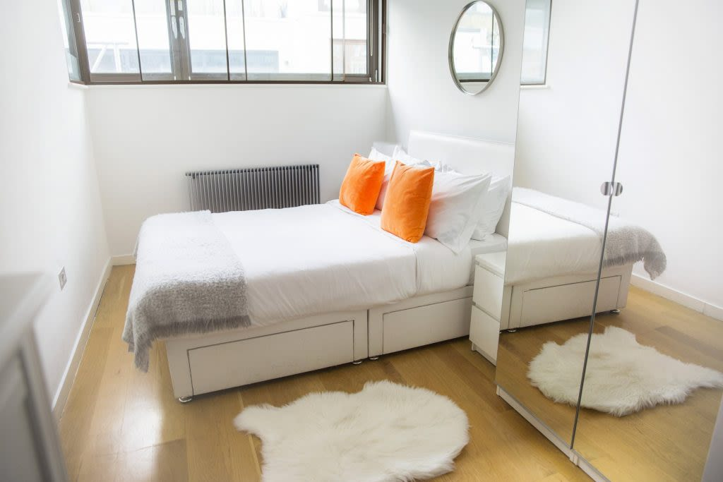 image 8 furnished 3 bedroom Apartment for rent in Covent Garden, City of Westminster
