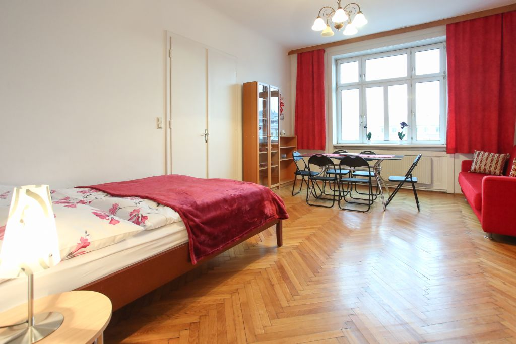 image 2 furnished 3 bedroom Apartment for rent in Wahring, Vienna