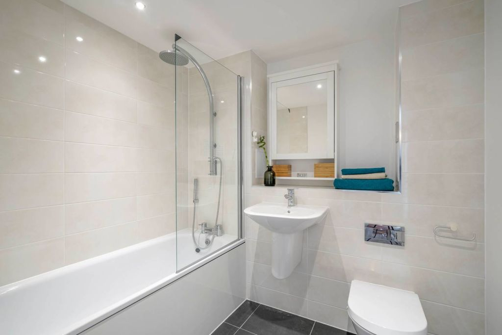 image 8 furnished 1 bedroom Apartment for rent in Tottenham Hale, Haringey