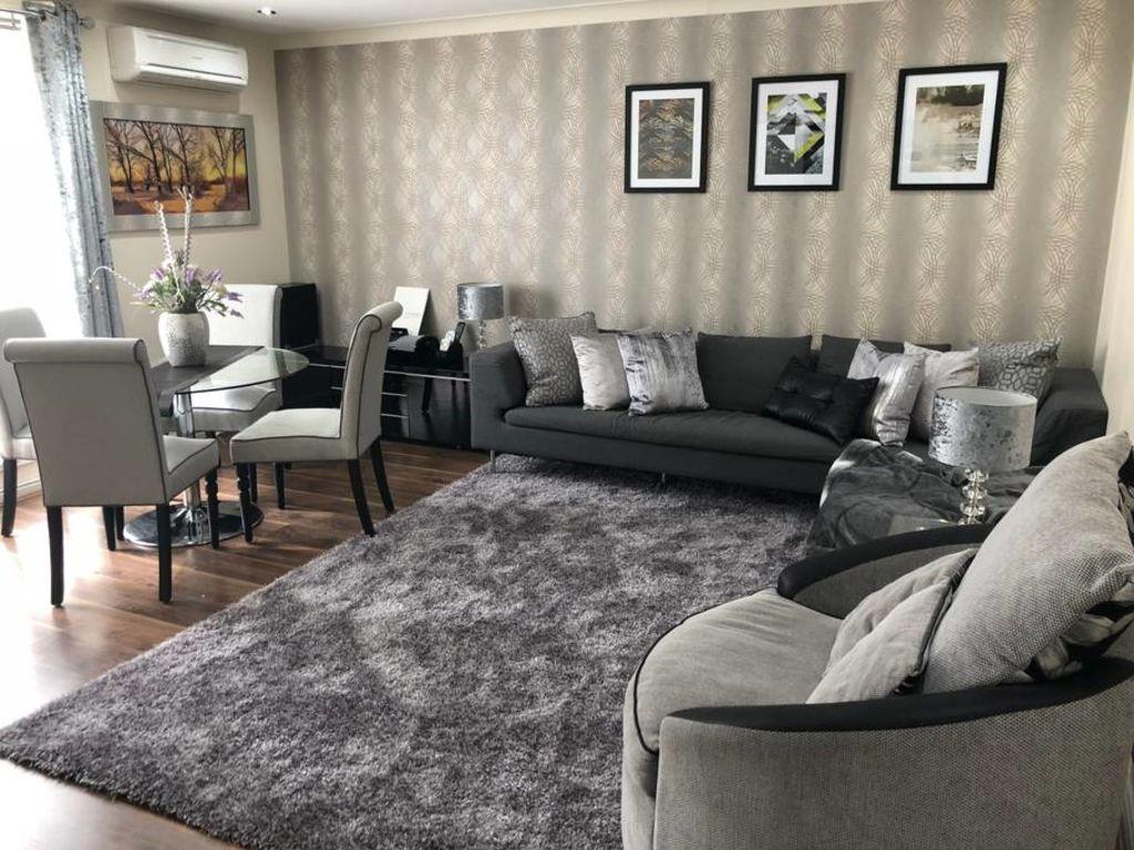 image 1 furnished 2 bedroom Apartment for rent in Kilburn, Brent