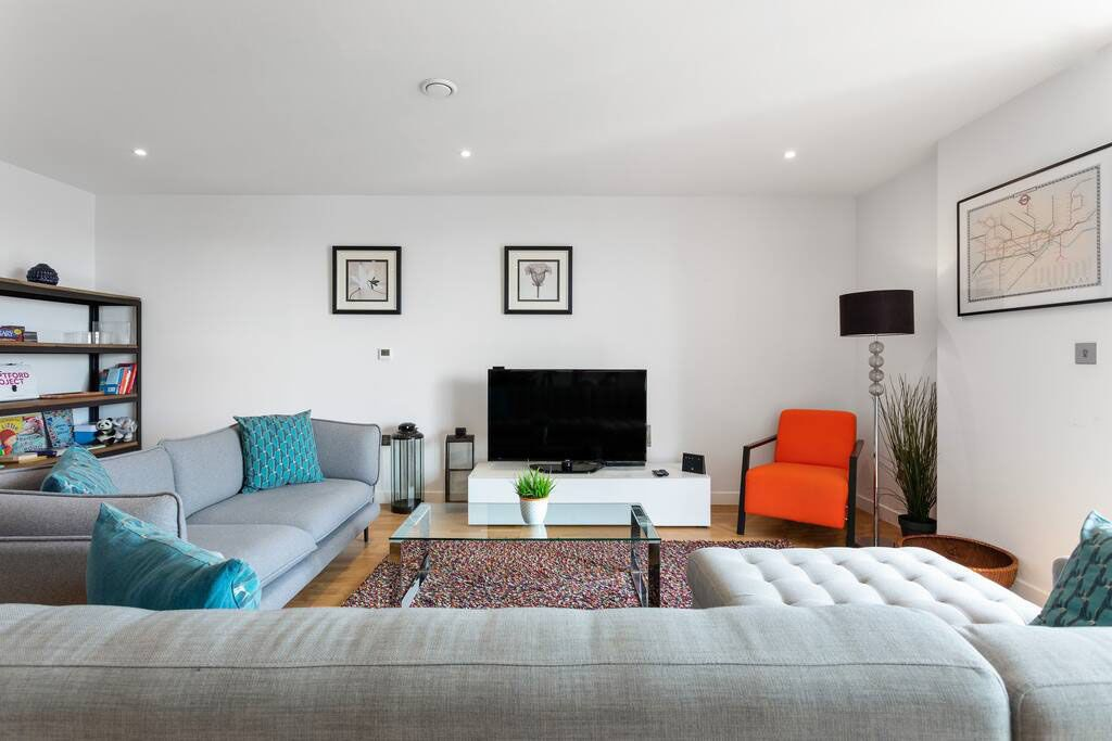 image 3 furnished 2 bedroom Apartment for rent in New Cross, Lewisham