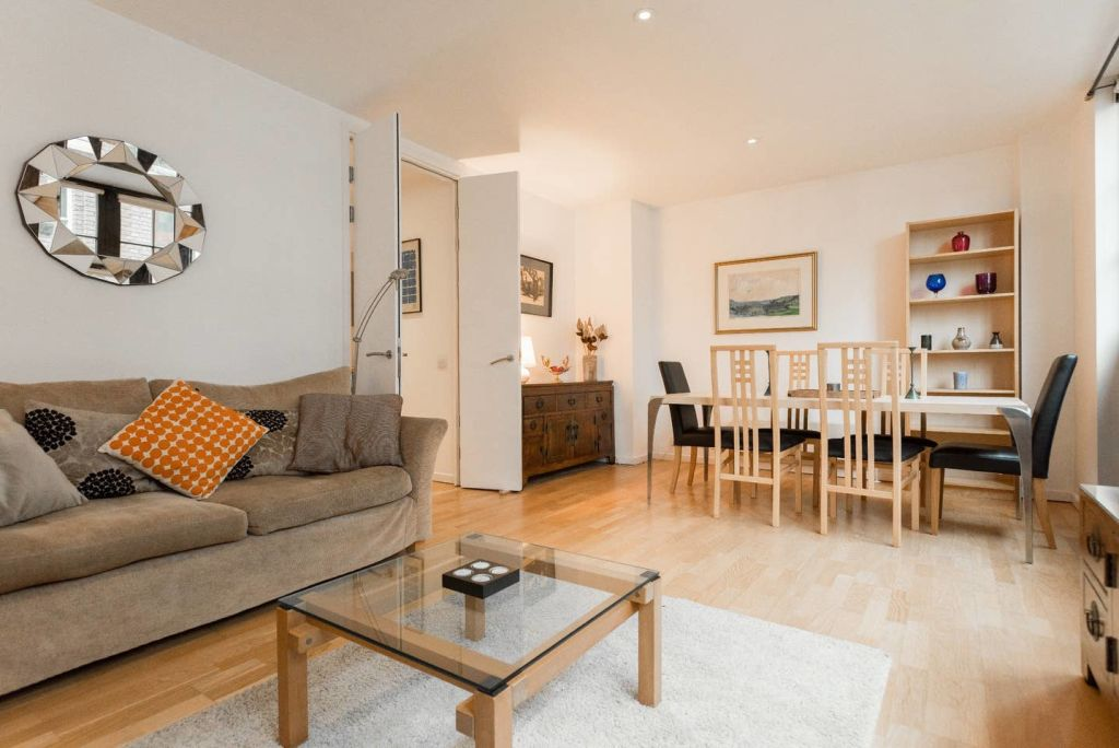 image 3 furnished 2 bedroom Apartment for rent in Farringdon Within, City of London