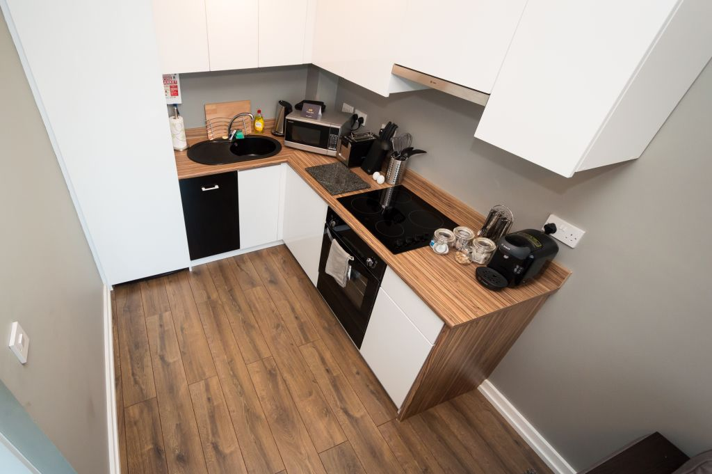 image 9 furnished 1 bedroom Apartment for rent in Cardiff, Wales