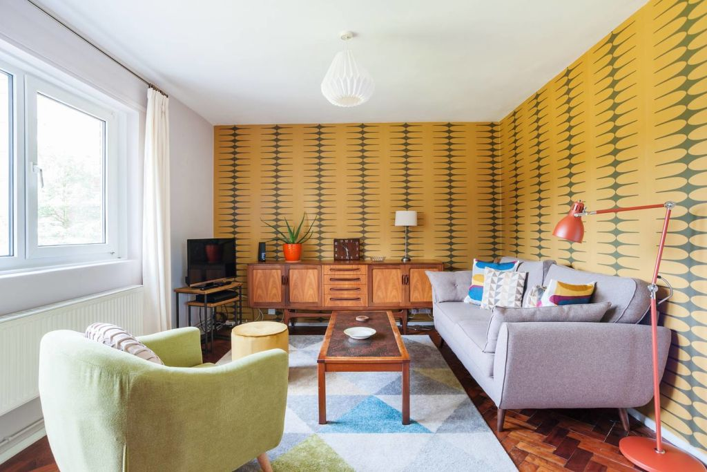 image 1 furnished 2 bedroom Apartment for rent in Stockwell, Lambeth