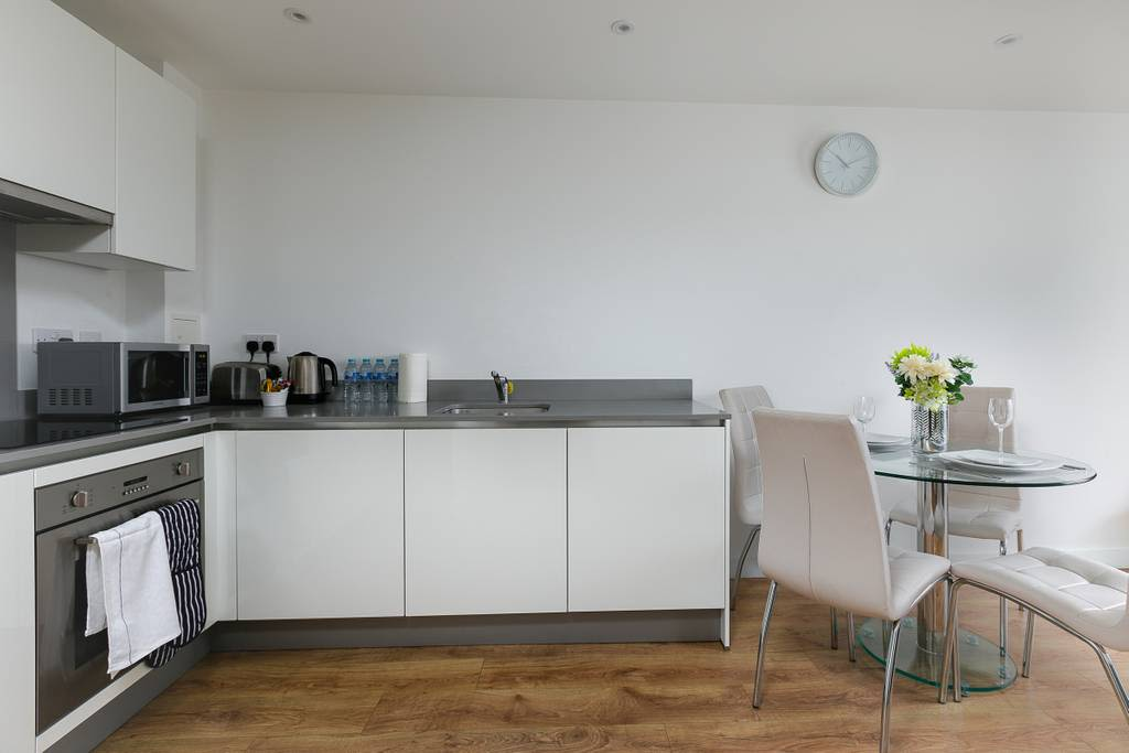 image 9 furnished 1 bedroom Apartment for rent in Enfield Town, Enfield