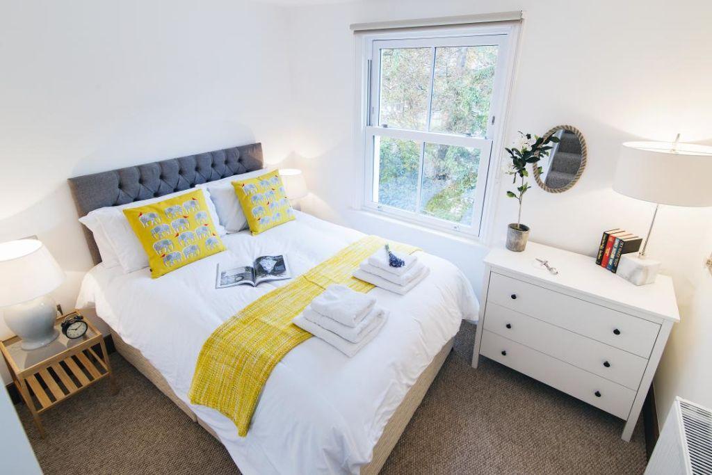 image 5 furnished 2 bedroom Apartment for rent in Holland Park, Kensington Chelsea