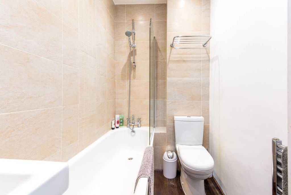 image 4 furnished 2 bedroom Apartment for rent in Kilburn, Brent