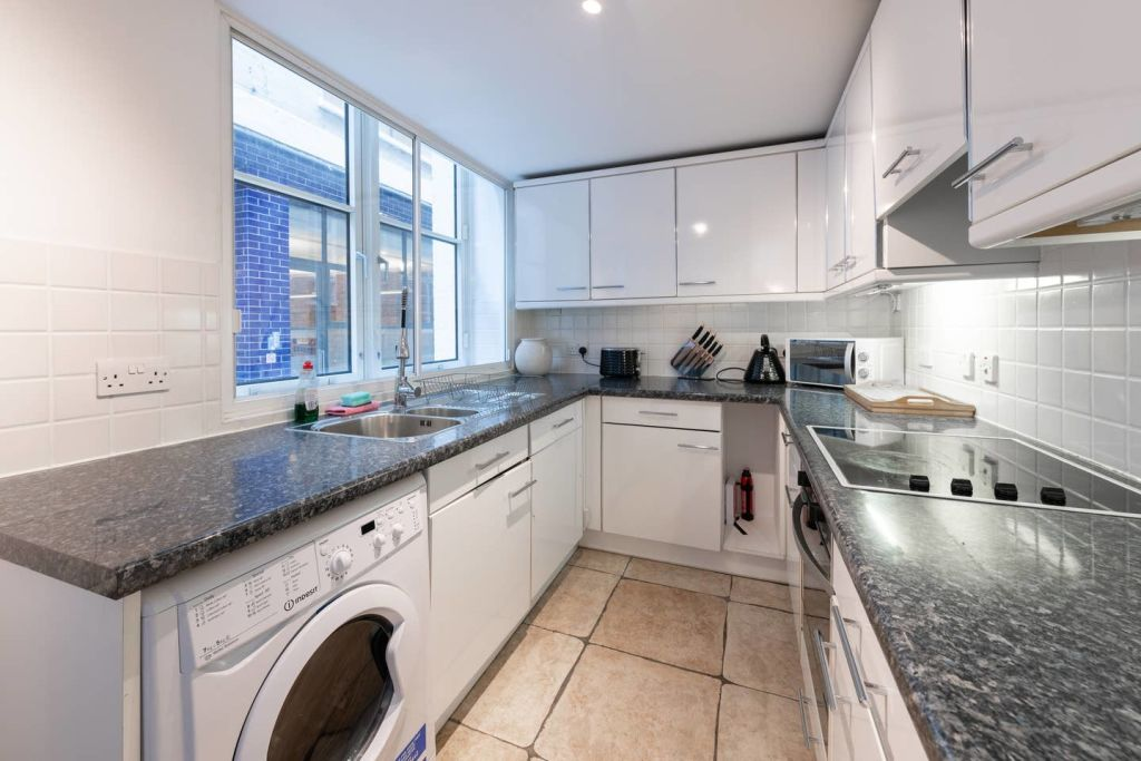 image 6 furnished 1 bedroom Apartment for rent in Farringdon Within, City of London