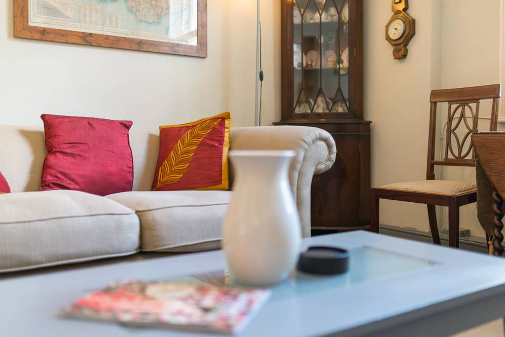 image 5 furnished 1 bedroom Apartment for rent in Warwick, Warwickshire