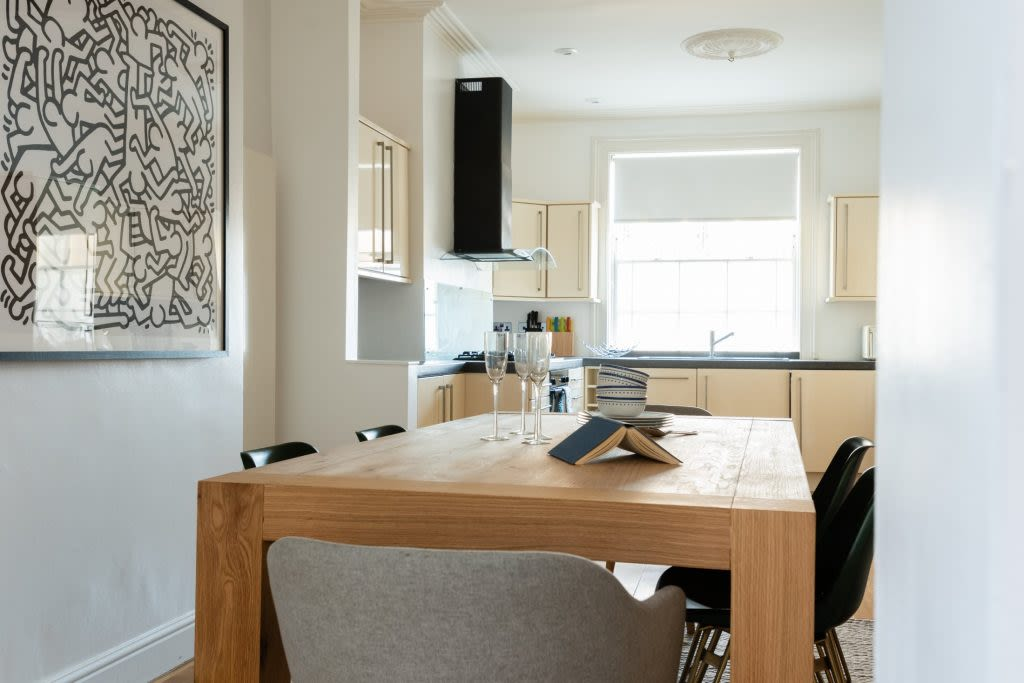 image 5 furnished 3 bedroom Apartment for rent in Camden Town, Camden