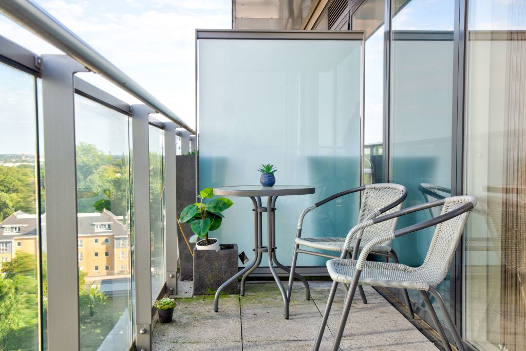 image 10 furnished 2 bedroom Apartment for rent in Brentford, Hounslow