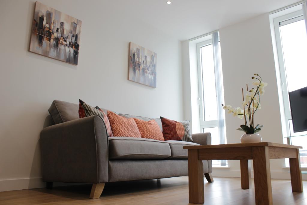 image 2 furnished 2 bedroom Apartment for rent in Bracknell Forest, Berkshire