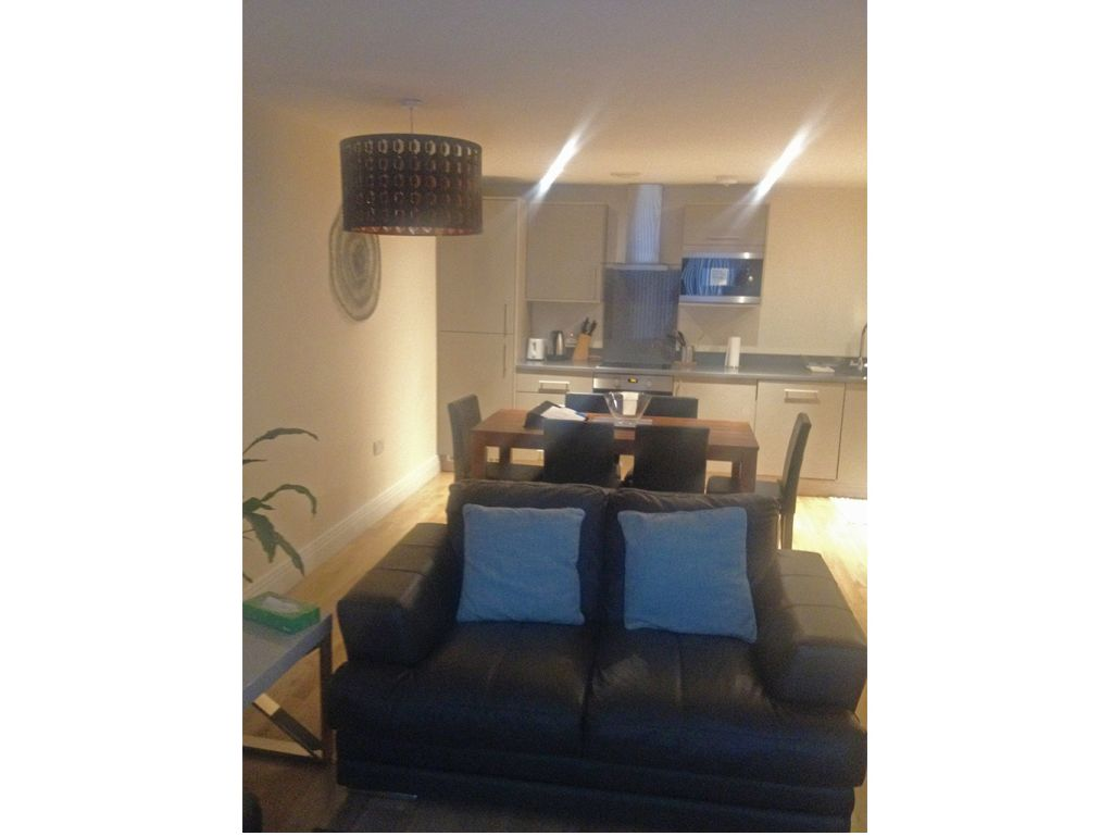 image 8 furnished 2 bedroom Apartment for rent in West Drayton, Hillingdon