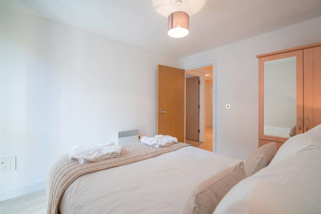 image 1 furnished 2 bedroom Apartment for rent in Edgbaston, Birmingham
