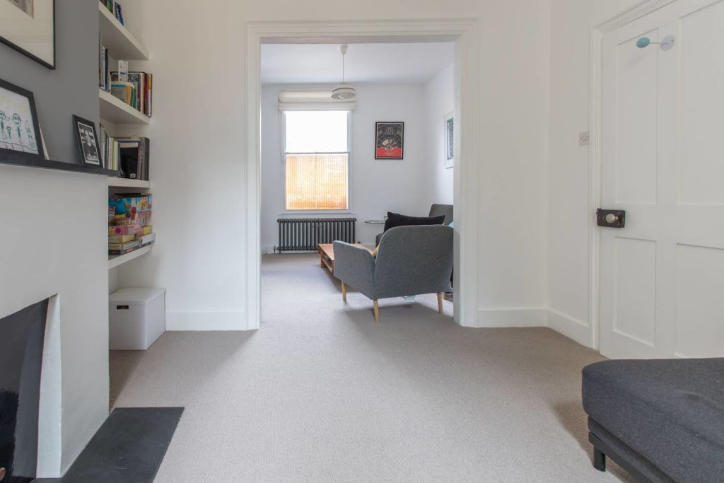 image 5 furnished 3 bedroom Apartment for rent in Bow, Tower Hamlets