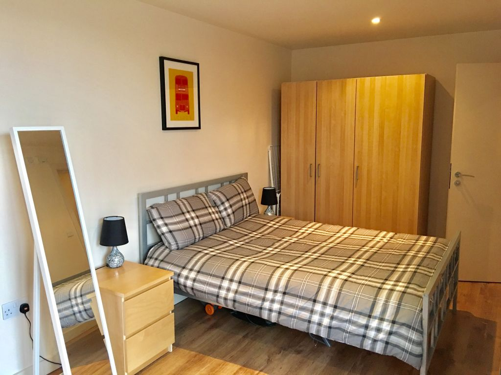 image 9 furnished 2 bedroom Apartment for rent in Bethnal Green, Tower Hamlets