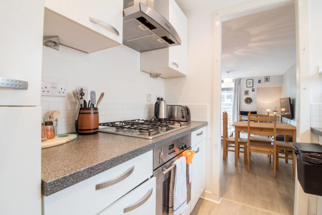 image 3 furnished 2 bedroom Apartment for rent in Glasgow, Scotland