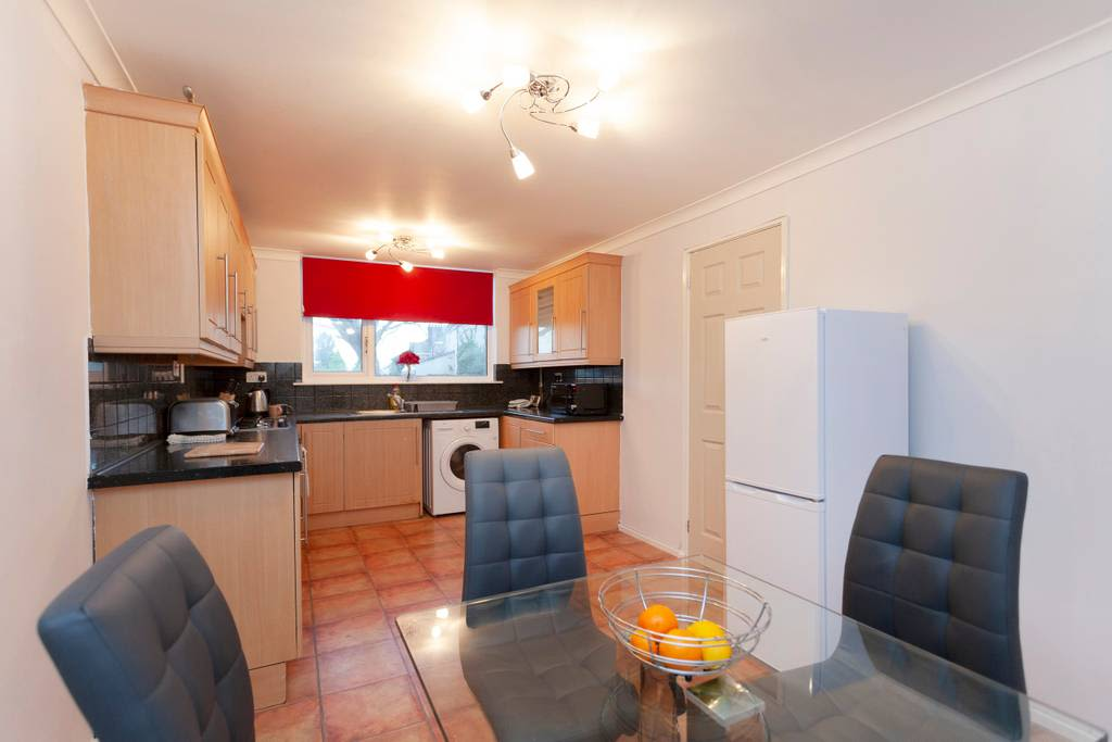 image 8 furnished 3 bedroom Apartment for rent in Charnwood, Leicestershire