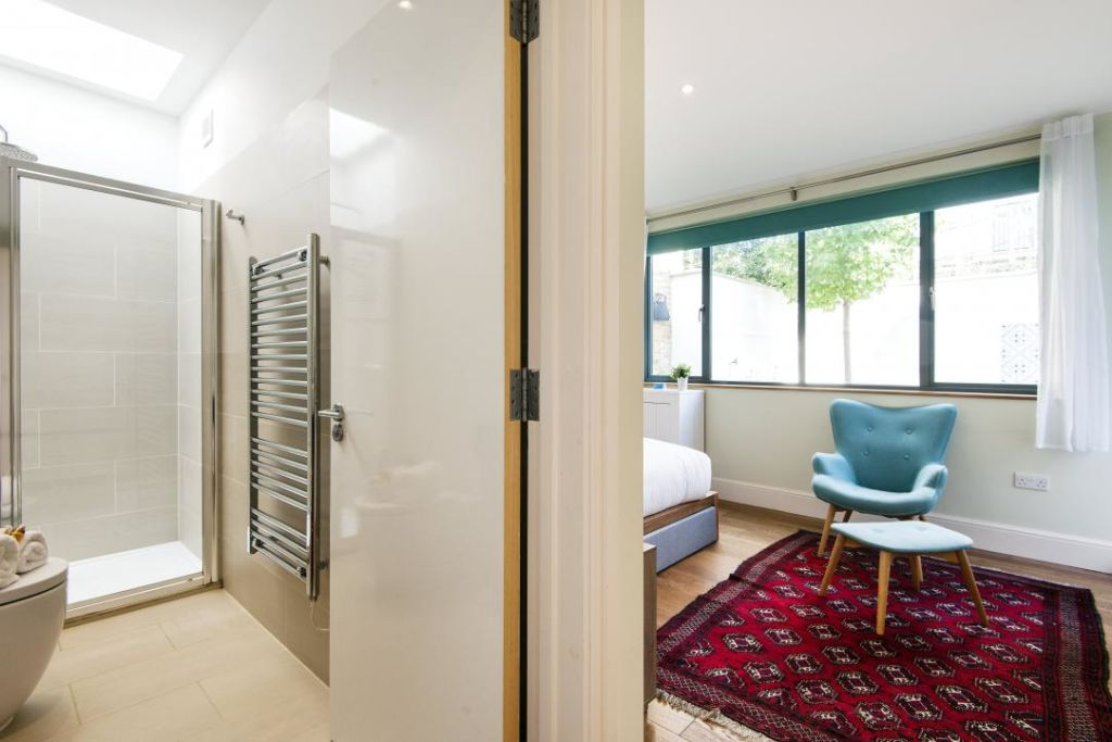 image 9 furnished 3 bedroom Apartment for rent in Fulham, Hammersmith Fulham