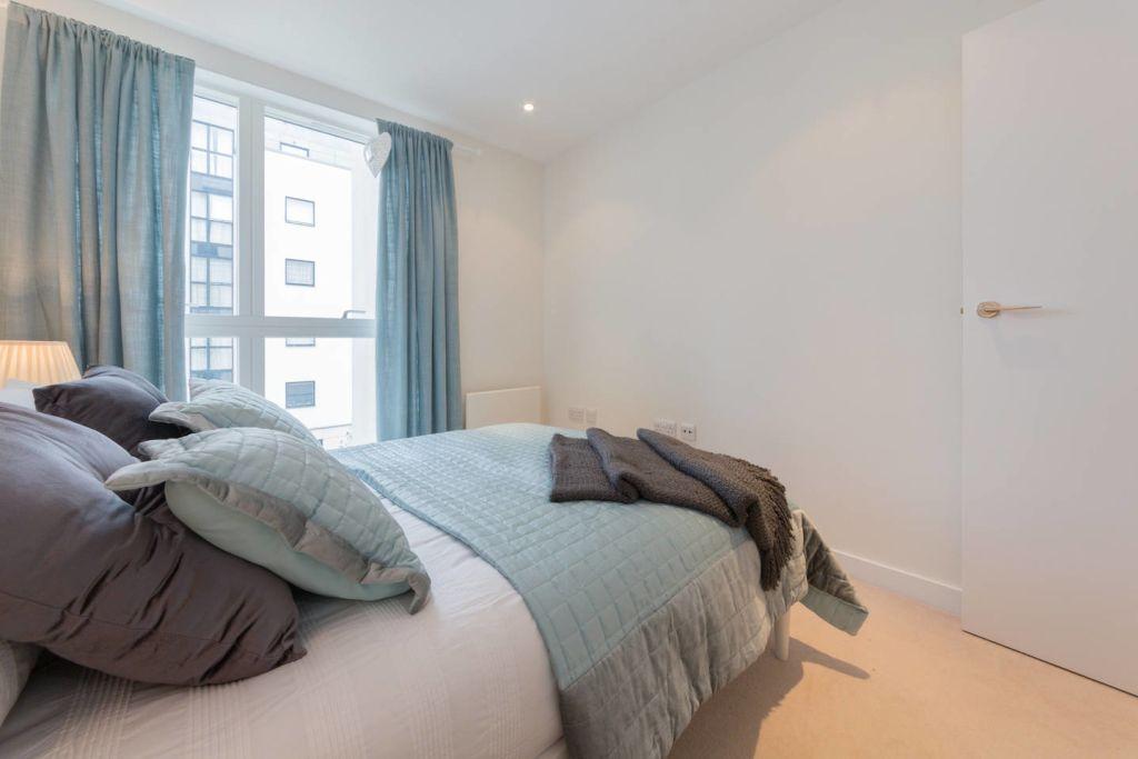 image 2 furnished 2 bedroom Apartment for rent in Brentford, Hounslow