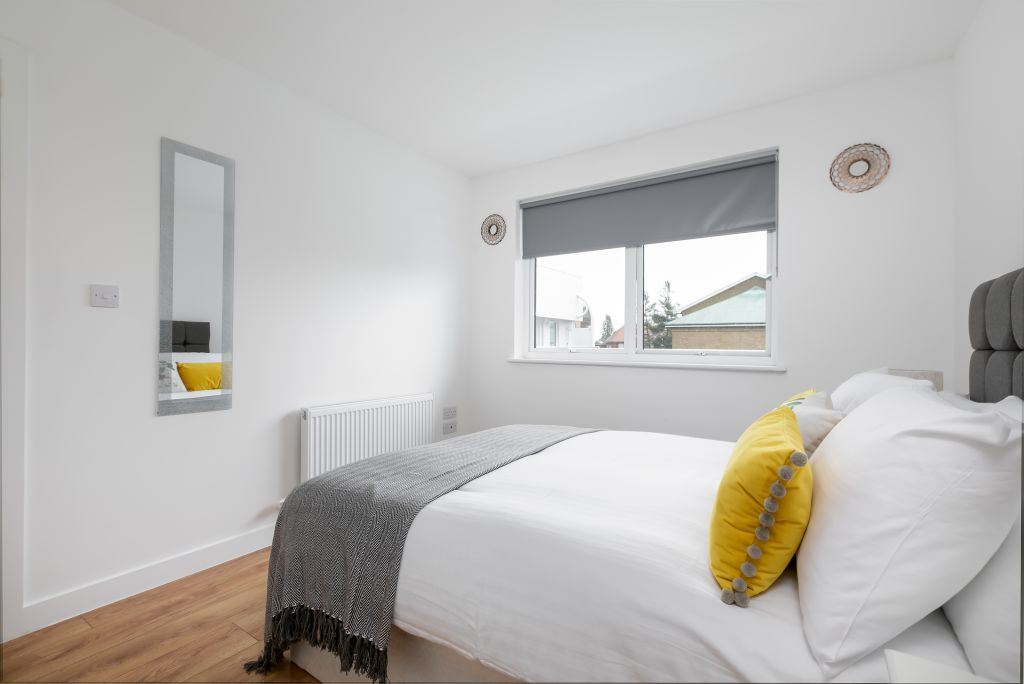 image 5 furnished 2 bedroom Apartment for rent in Enfield Town, Enfield