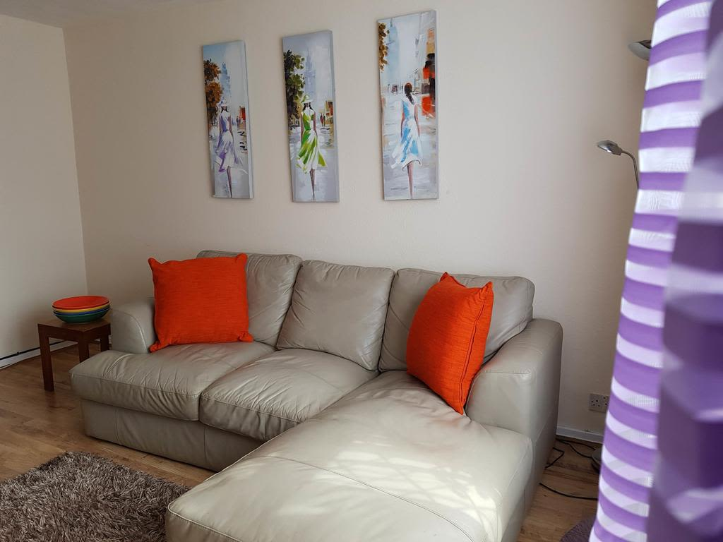 image 10 furnished 3 bedroom Apartment for rent in Luton, Bedfordshire