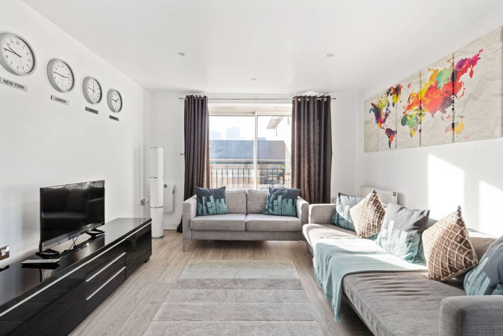 image 4 furnished 2 bedroom Apartment for rent in Cubitt Town, Tower Hamlets